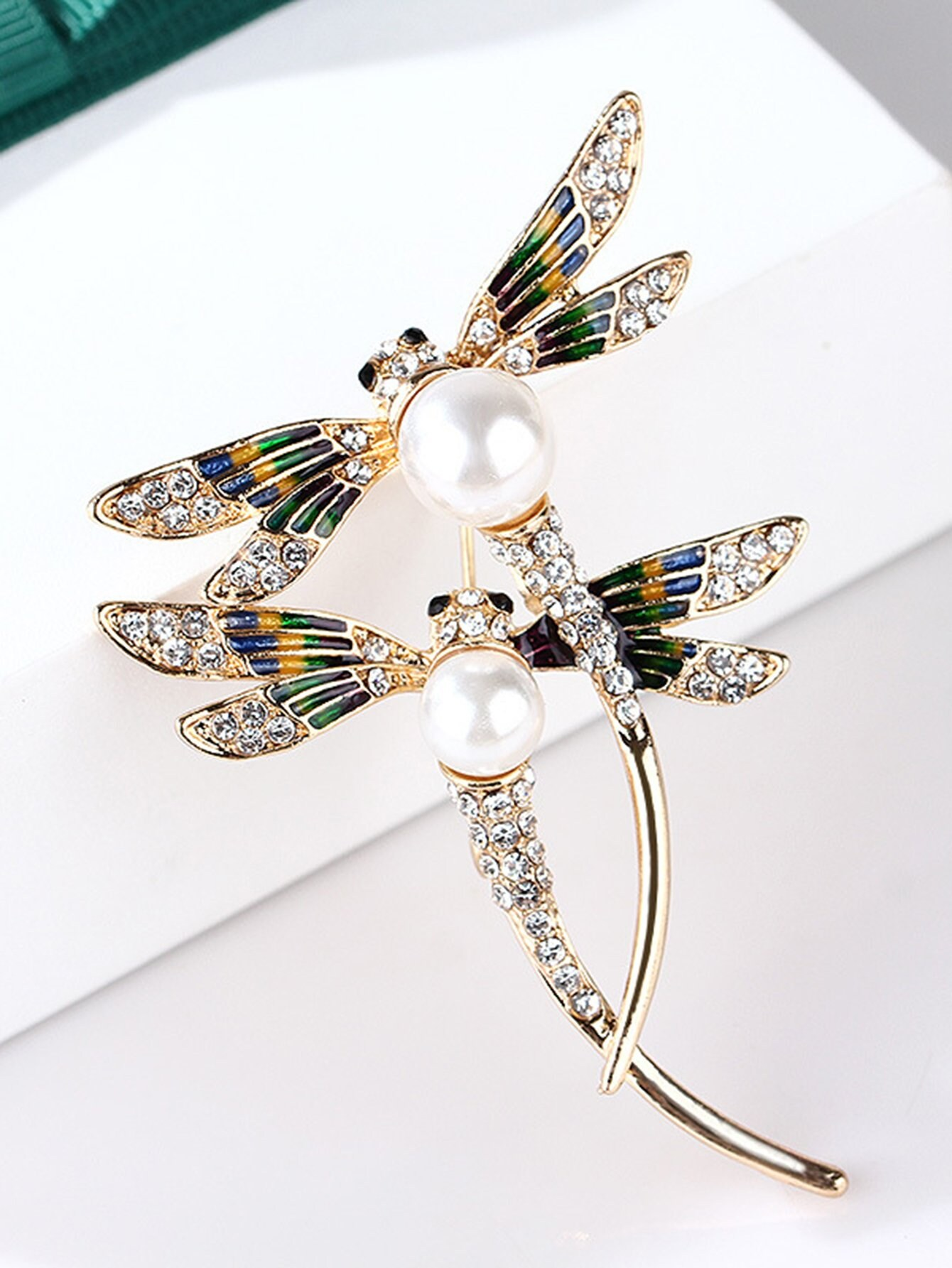 Double Dragonfly Design Brooch