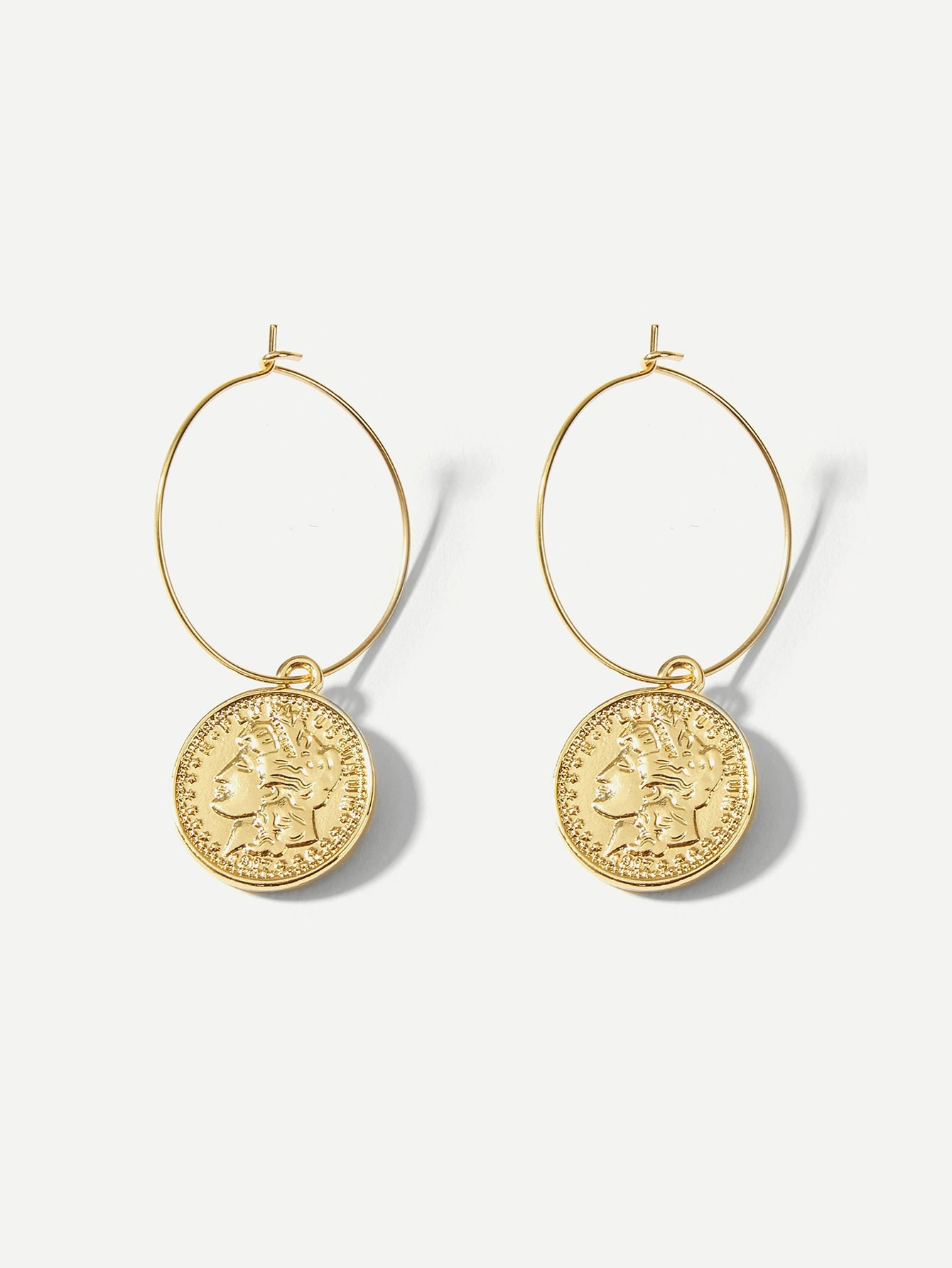 Figure Engraved Round Decorated Hoop Earrings 1pair