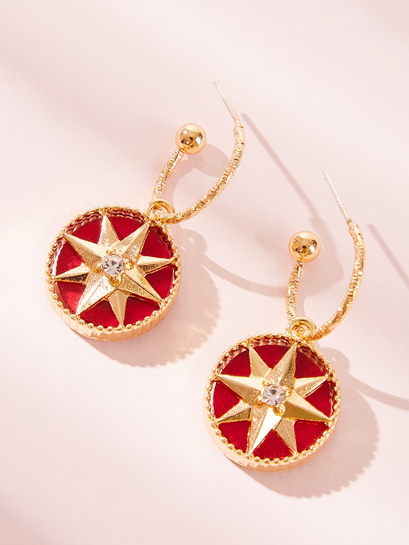 Ring Decor Star Engraved Round Drop Earring 1pair