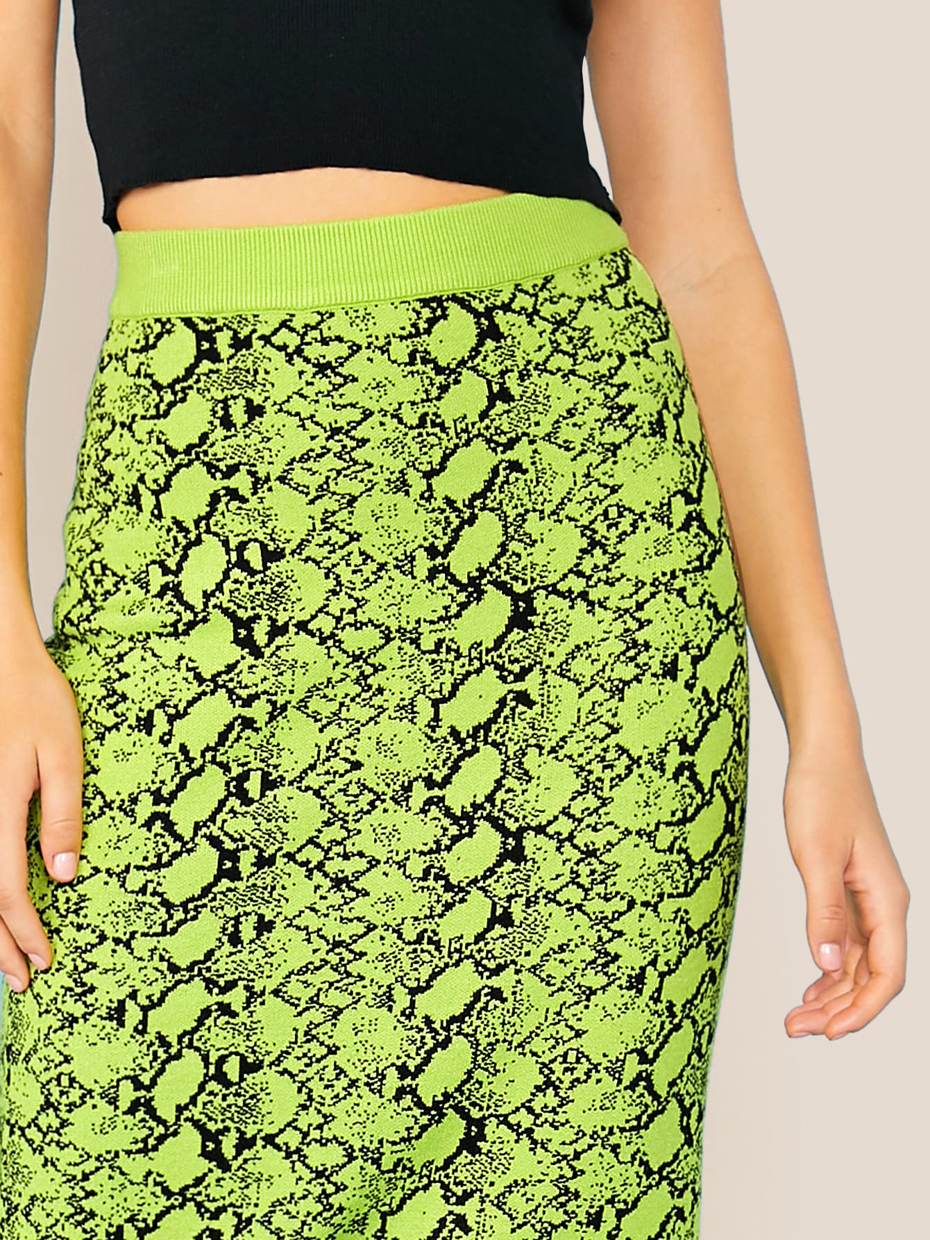 Wide Waistband Snakeskin Sweater Skirt
